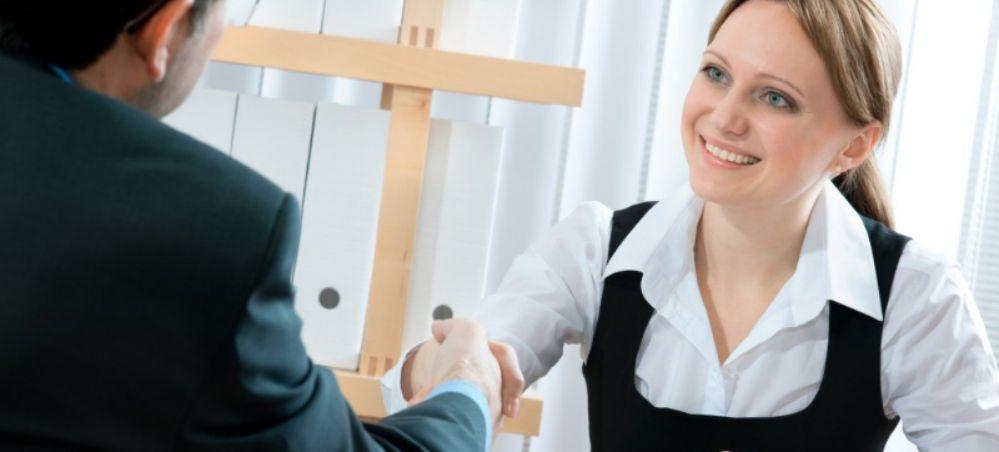 Importância para treinamento das recepcionistas de clínicas - Katie Fachini
